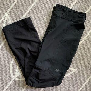REI // Size 4 Petite Woman's Black Hiking Pant